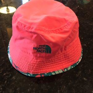The North Face Accessories - Toddler girls The North Face sun hat 7806f7f2788